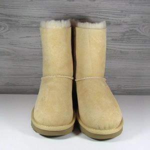 91658a8601a UGG Women's Bailey Bow 2 II Boots Soft Ochre color NWT